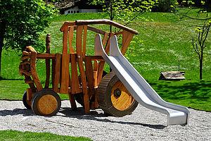 Klettergerüst Traktor : Klettergerüste klettergeräte aus robinie ziegler spielplätze
