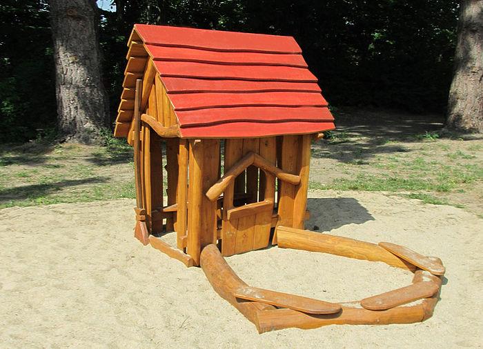 spielhaus mit sandkasten ziegler spielpl tze. Black Bedroom Furniture Sets. Home Design Ideas