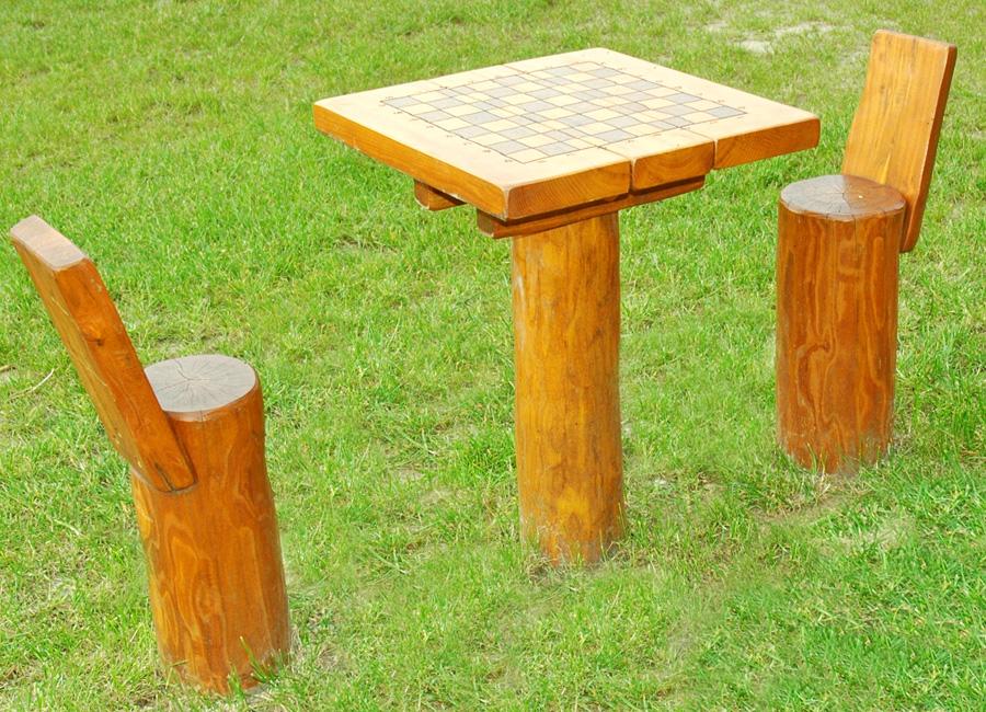 spieltisch schach aus robinie ziegler spielpl tze. Black Bedroom Furniture Sets. Home Design Ideas